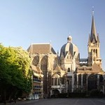 250px-Aachen_Cathedral_North_View_at_Evening